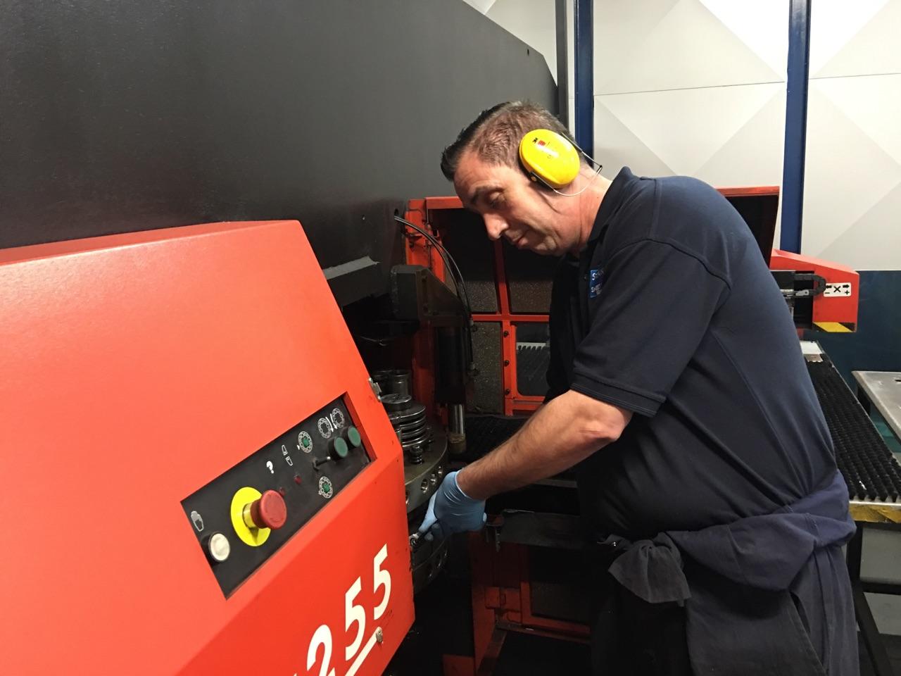 CNC PUNCHING OPERATOR